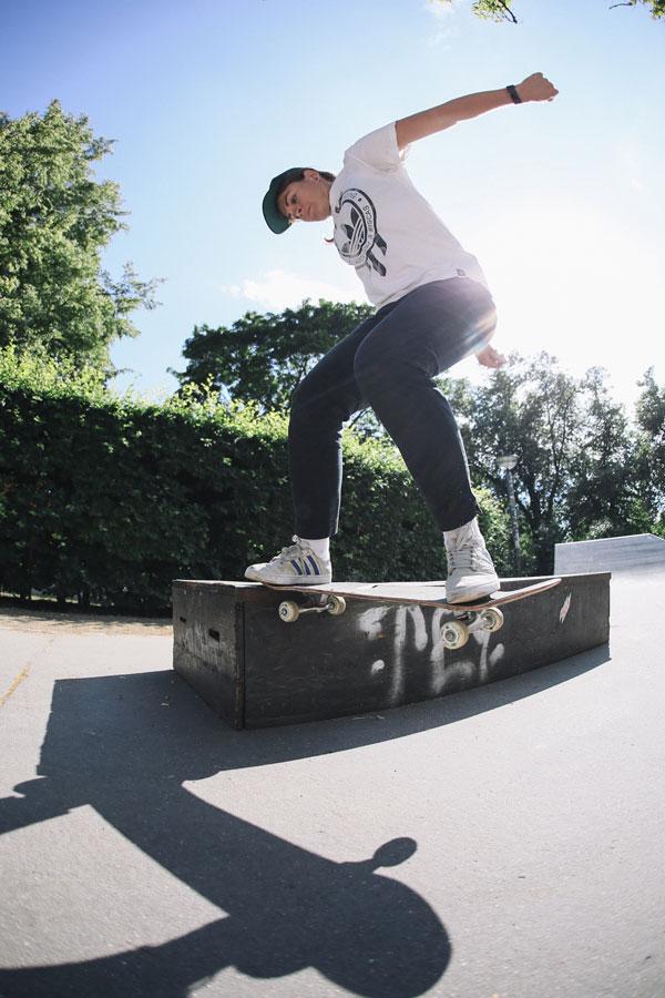 Yeah Girl x Xem Skaters Spot Crawl - Kate Ilyushina